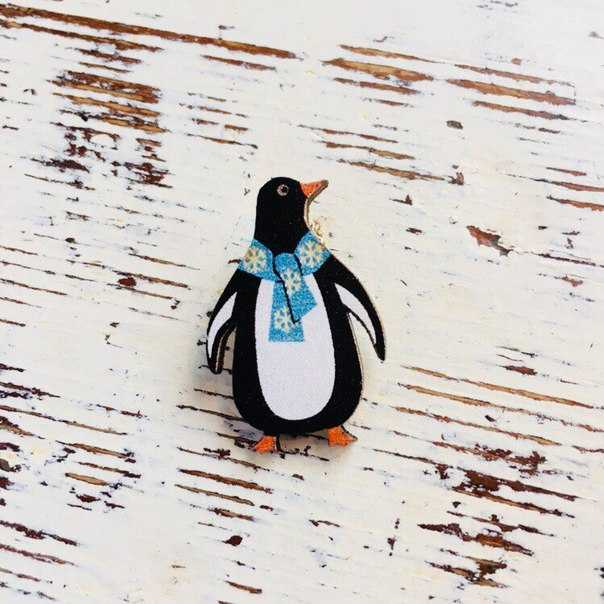 Пингвин в синем шарфе